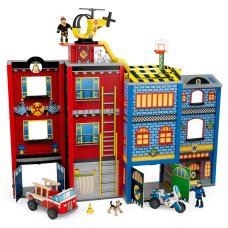 Kidkraft Boys Dollhouse Everyday Heroes