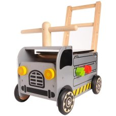 Soy Toy Carriage Truck