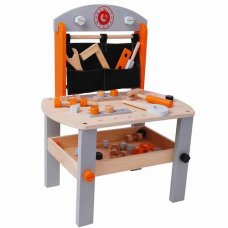 Playwood Workbench con herramientas